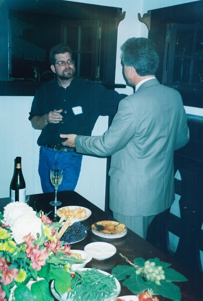 Bill Nelson (left)